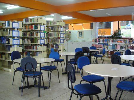 Biblioteca com estrutura completa